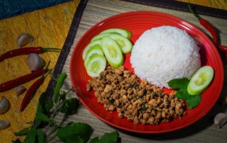 Incredibly Delicious Thai Lunch Specials 2021